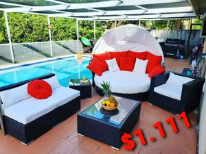 Outdoor patio furniture for Sale in HALNDLE BCH, FL