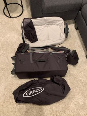 Graco pack and play for Sale in Amherst, OH
