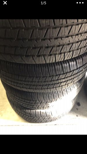 4 tires like new 225/65R17 maxxis for Sale in Vancouver, WA