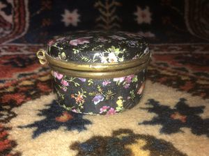 Vintage Porcelain Dresser Box Czechoslovakia for Sale in Whittier, CA