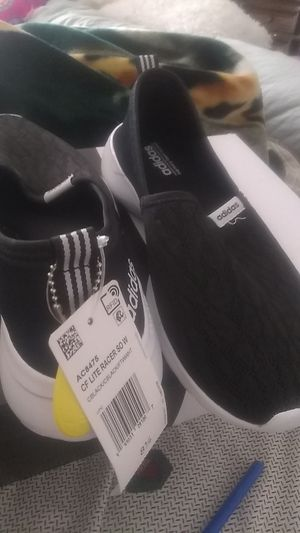 Adidas new 8.5 for Sale in Corona, CA