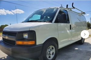 2007 Chevy Express Cargo Van for Sale in Kissimmee, FL