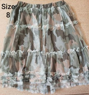 Size 8 CHILDRENS PLACE camo skirt $2 for Sale in Santa Ana, CA
