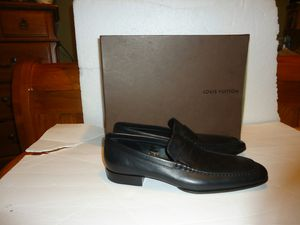 AUTHENTIC LOUIS VUITTON MEN'S DAMIER PENNY LOAFERS SHOES MADE IN ITALY BLACK SIZE 9 for Sale in Richmond, VA