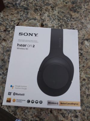Sony Bluetooth headphones for Sale in Lake Elsinore, CA