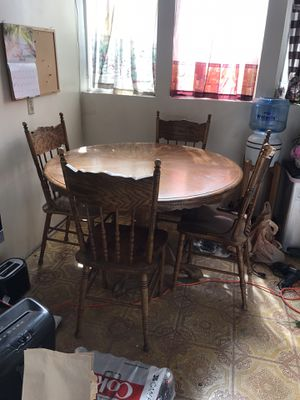 Kitchen Table and chairs for Sale in Whittier, CA