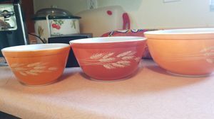 Pyrex mixing bowls for Sale in Pinellas Park, FL
