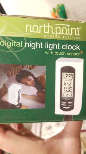 DIGITAL NIGHT LIGHT CLOCK 💡 for Sale in Downey, CA