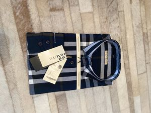 New Burberry men's dress shirt for Sale in Bakersfield, CA