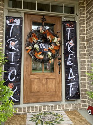 Halloween wreath and banner set for Sale in Murfreesboro, TN