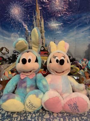 Disney stores Mickey and Minnie 2020 Limited Edition Easter set NWT the ONLY year Disney closed for Easter for Sale in El Paso, TX