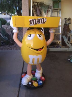 M&M Statue for Sale in Tempe, AZ