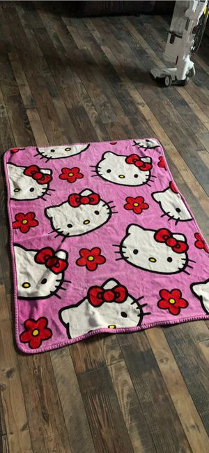 Hello kitty fleece blanket for Sale in Lemoore, CA