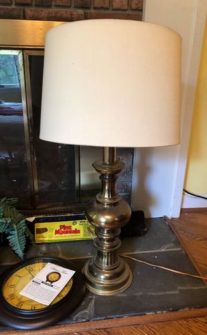 Antique lamp for Sale in Upper Marlboro, MD