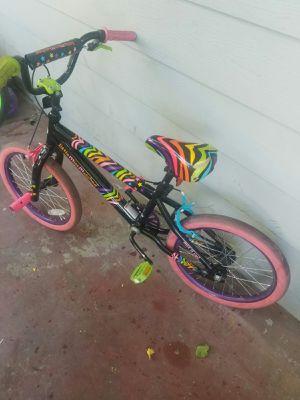 "18"" girls bike bicycle bicicleta for Sale in Las Vegas, NV"