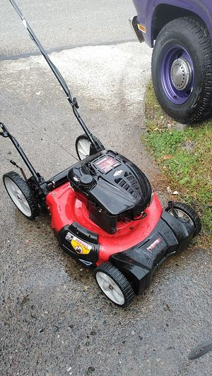 Lawn mower for Sale in Sumner, WA