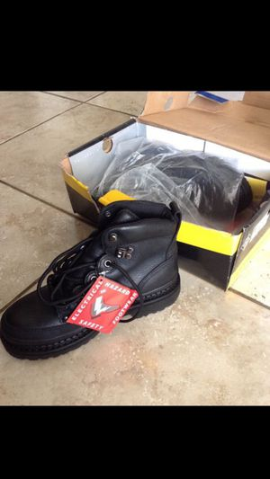Waterproof leather work boots for Sale in Moreno Valley, CA