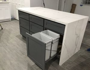 Kitchen cabinets / countertops for Sale in South Gate, CA