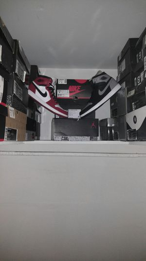 Air Jordan 1 Retro High OG Chicago and Shadow for Sale in Fairfax, VA