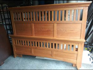 Full sz oak mission headboard footboard for Sale in Nashville, TN