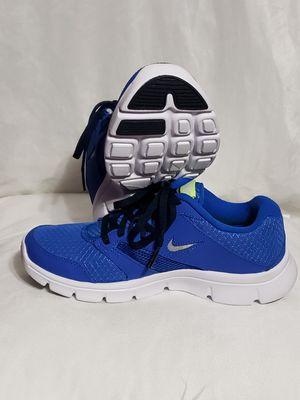 Nike, unisex sport shoes, size 4 for Sale in Philadelphia, PA