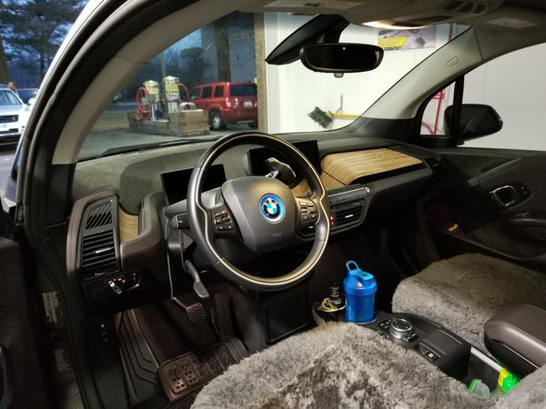 2014 bmw i3 rex premium warranty by carmax untill wnd of 2023