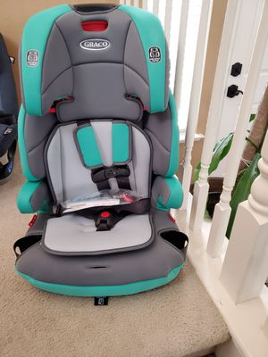 Graco Tranzition 3 n 1 harness booster convertible car seat for Sale in Patterson, CA