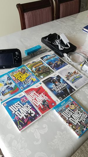 Nintendo wii U with 7 games for Sale in Silver Spring, MD