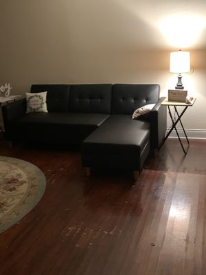 black small sectional (turns into bed) for Sale in San Angelo, TX