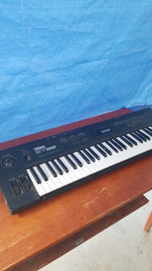 YAMAHA KEYBOARD MOD SY22 PROFECIONAL PARA GRUPO MUSICAL for Sale in Ontario, CA
