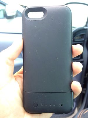 50$ Mophie for any iPhone 5/5s for Sale in Los Angeles, CA