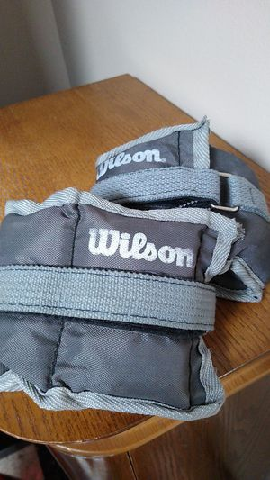 Wilson 3 lbs ankle weights for Sale in Addison, IL