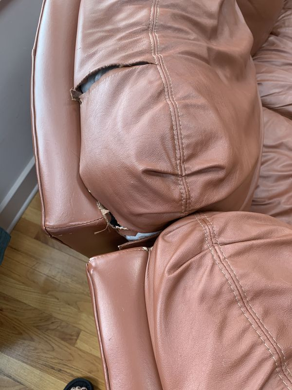 Free Leather 2 Recliner Sofa