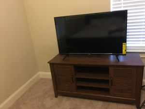 Tv stand and TV for Sale in Savannah, GA