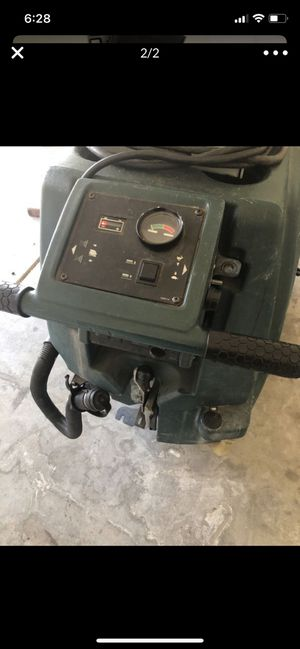 36 in nobles Tennant auto scrubber floor cleaner for Sale in Tolleson, AZ