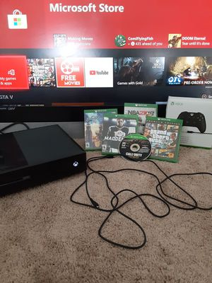 Xbox one comes with new controller GTA V Call of Duty World War II Madden 18 kingdoms of Hearts NBA 2K 18 Gears of War 5 for Sale in Pemberton, NJ