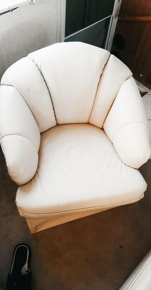 WHITE LEATHER RV COUCHES// CONVERTS INTO BED for Sale in Escondido, CA