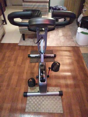 Exerpeutic folding upright bike with pulse for Sale in Seattle, WA