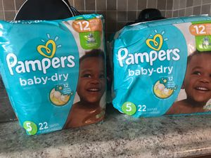 Pampers size 5 for Sale in Hialeah, FL