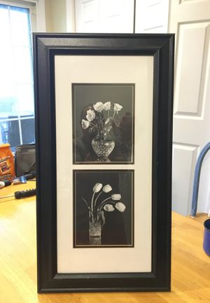 Framed and matted blk & wht pictures for Sale in Easley, SC