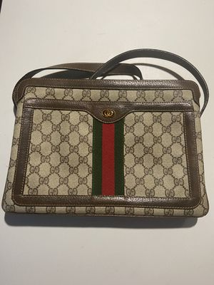 Gucci Ophidia Shoulder Bag Women for Sale in Concord, NC