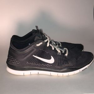 Women's Nike Free TR Fit 4 Size 9.5 Shoes for Sale in Festus, MO