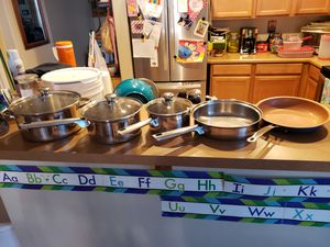Stainless steel pots and pan. for Sale in Laveen Village, AZ