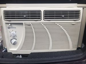 Maytag 12000 btu air conditioner for Sale in Waterbury, CT