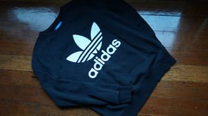 Black Adidas Originals Sweater Crewneck Size Small Pre-Owned, still in great condition! for Sale in Los Angeles, CA