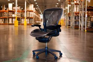 Herman Miller aeron office chair for Sale in Tempe, AZ