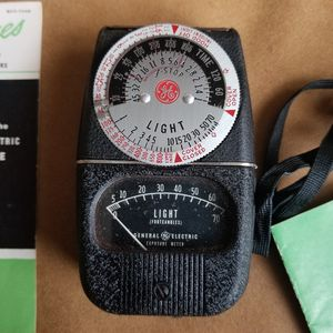 GE General Electric Photography Exposure Light Meter Type DW-68 for Sale in Bellevue, WA