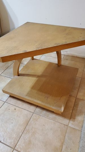 Corner Table for Sale in Upland, CA