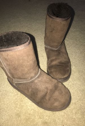 UGG's brown medium boots for Sale in San Jose, CA
