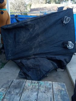 Free Grow Tent for Sale in Bakersfield,  CA